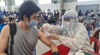 20210807tiem vaccine cho nguoi lao dong trong kcn song than 3 binh duong 1630321495854599577825 crop 1630321899852169184238